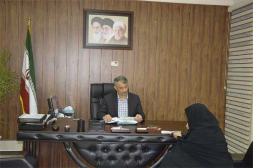 در ملاقات مردمی معاون استاندار و فرماندار ویژه گنبد به تقاضای 15 نفر از مردم رسیدگی کرد